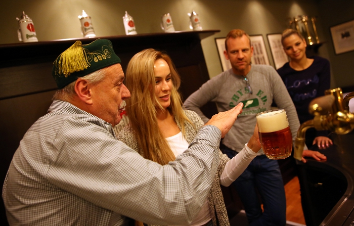 "The Pilsner Urquell beer tapping masters will teach you how to tap the beer for the special types such as ""hladinka"", ""čochtan"", ""šnyt"" or ""mlíko""."