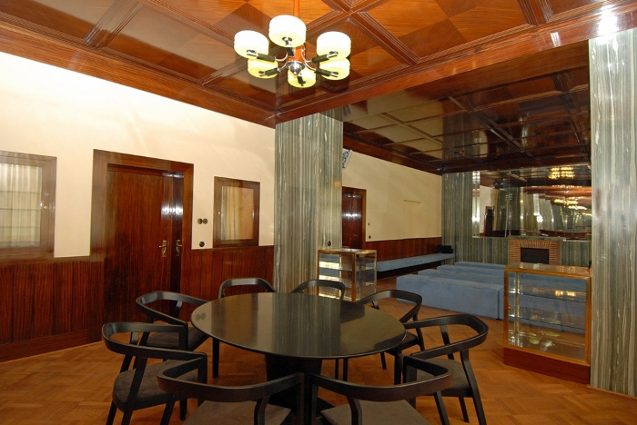he work of Adolf Loos was very modern and innovative at the time of its creation.